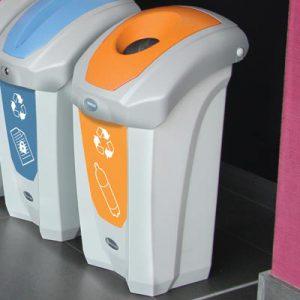 פח מחזור בקבוקי פלסטיק 30 ®Nexus