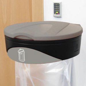 עם מחזיק שקיות למחזור  פסולת כללית  ™Orbis